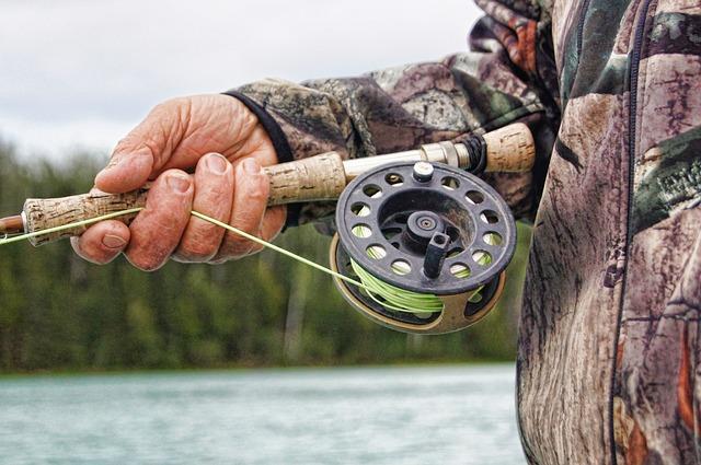 fisherman-591699_640